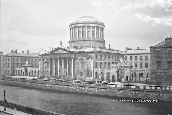 Four-Courts-Dublin-1023x6881
