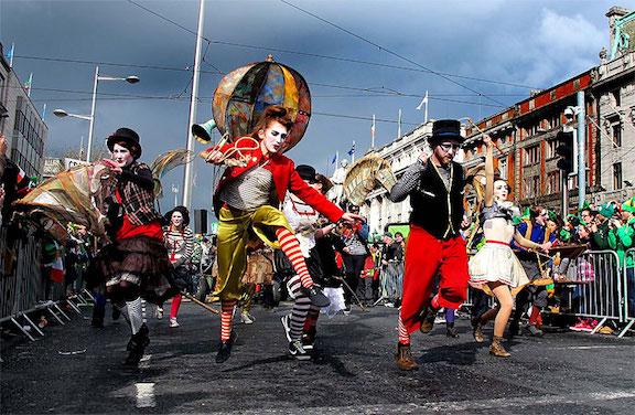 Dublin Parade 01